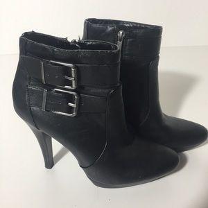 Nine West Sz 9 High Heel Ankle Black Booties Boots